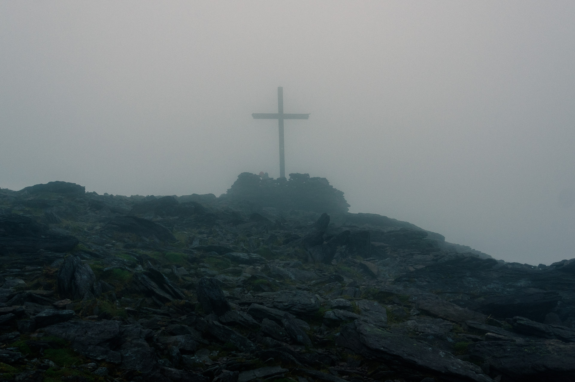 the cross on the summit of Carrauntoohil