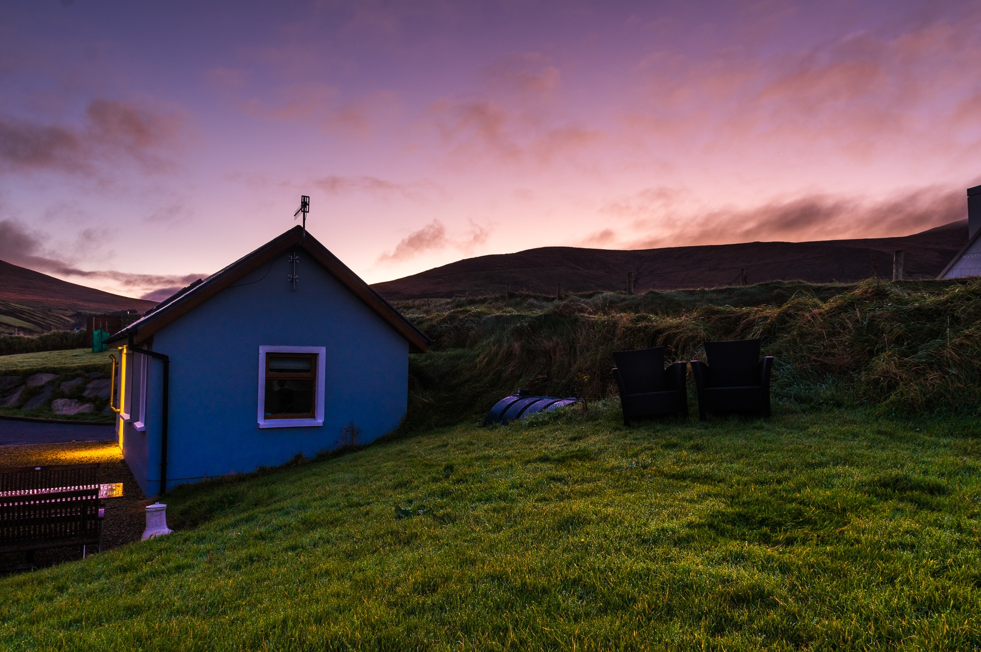 airbnb cottage at dunquin