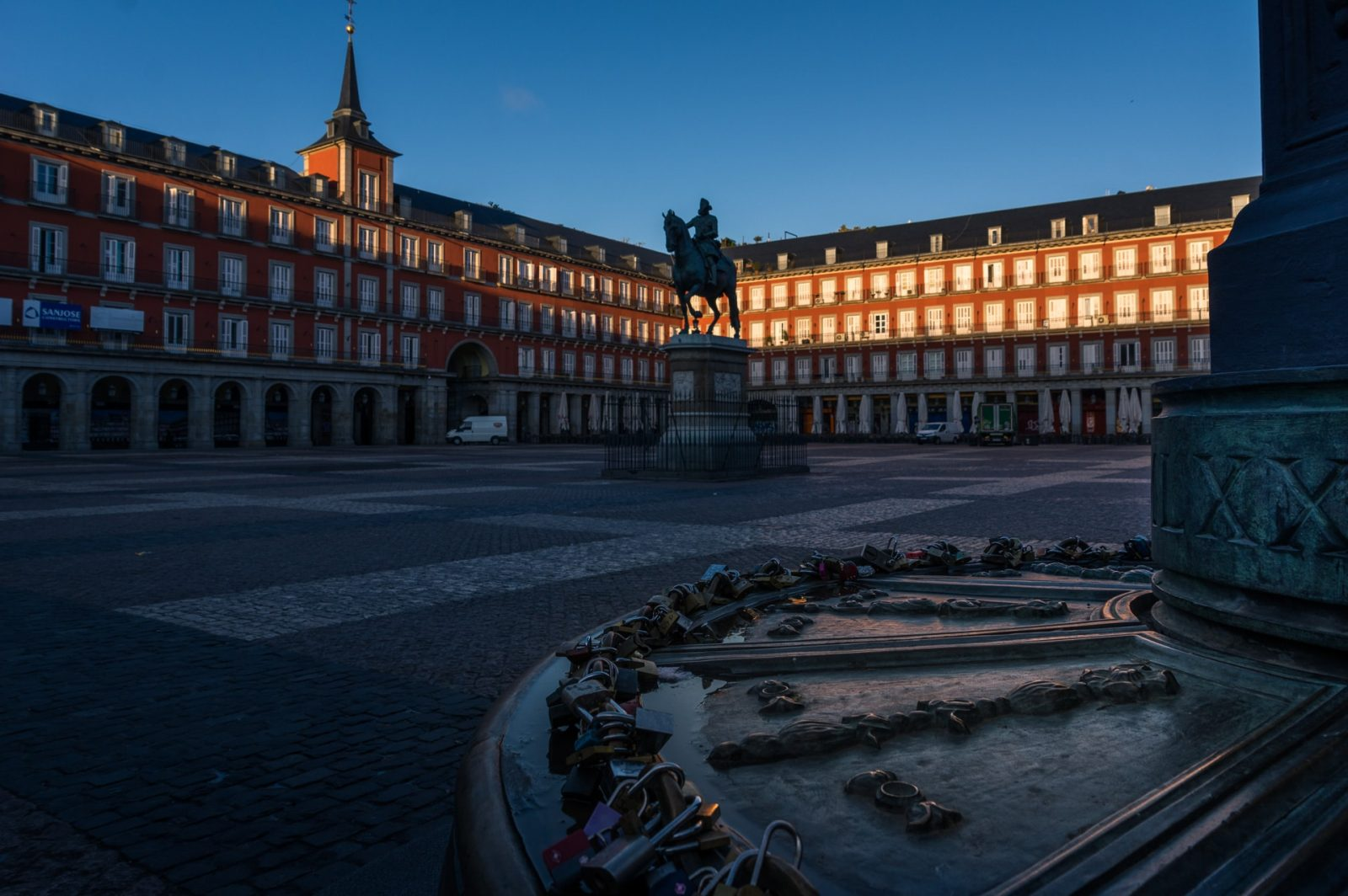 Plaza mayor first light