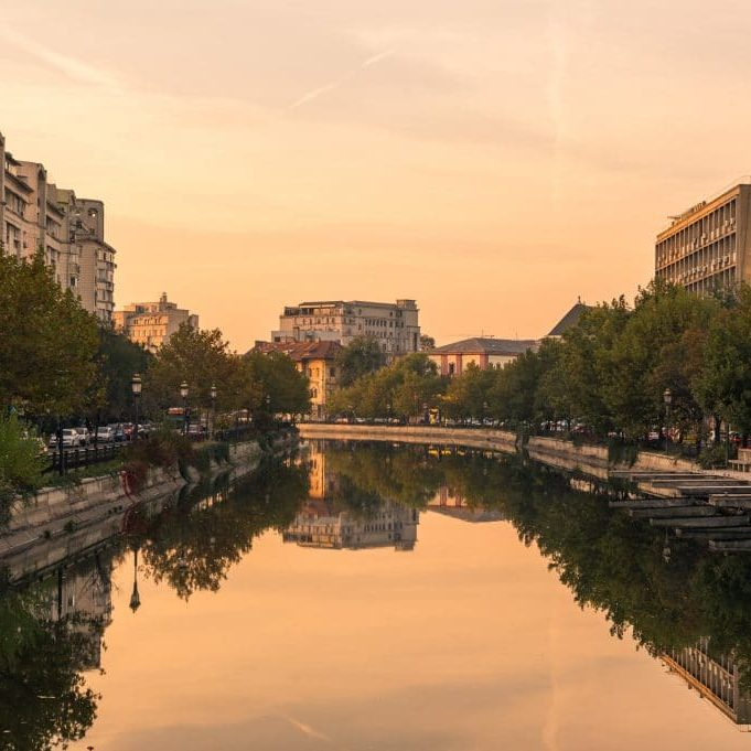 Bucharest and its picturesque old town featured image